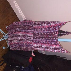 Dresses & Skirts - Very pretty summer romper